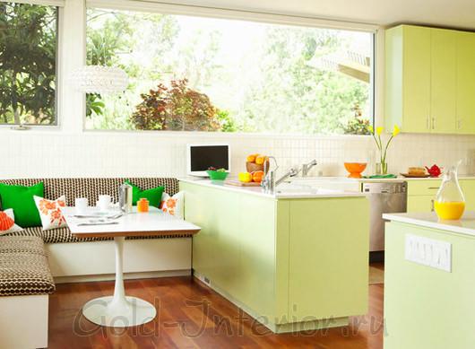 Пиксельный принт в декорировании кухонного диванчика
