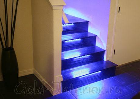 Подсветка лестничных ступеней