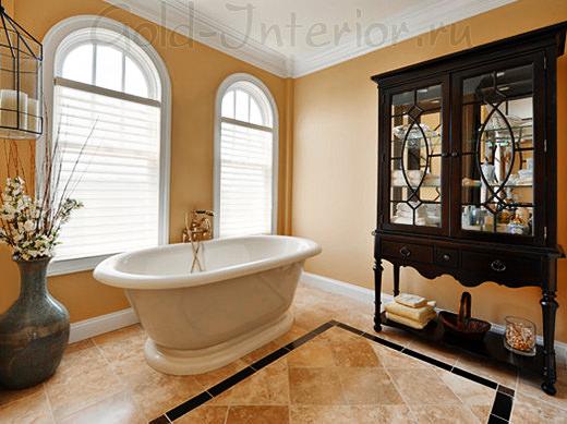 Просторная ванная комната в жанре ампир