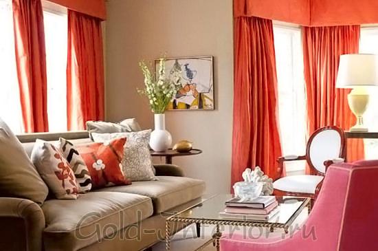 Пшеничный, багряный и розовый оттенки в интерьере гостиной