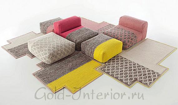 Пуфы и ковёр от Patricia Urquiola