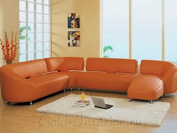 Рыжий диван в интерьере
