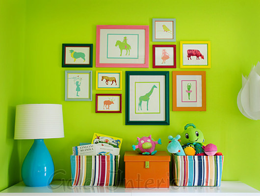 Салатовый цвет и яркие краски в оформлении детской