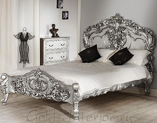 Серебристая кровать в жанре рококо