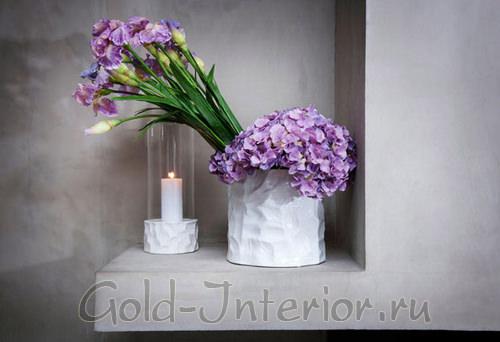 Шёлковые цветы в ванной комнате