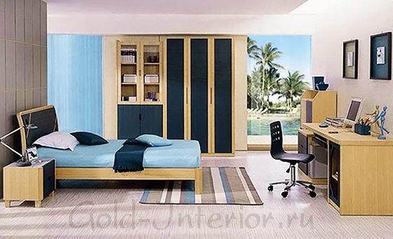 Шкафы и полки в комнате подростка