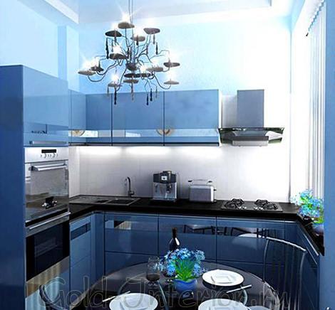 Синий кухонный гарнитур на маленькой кухне