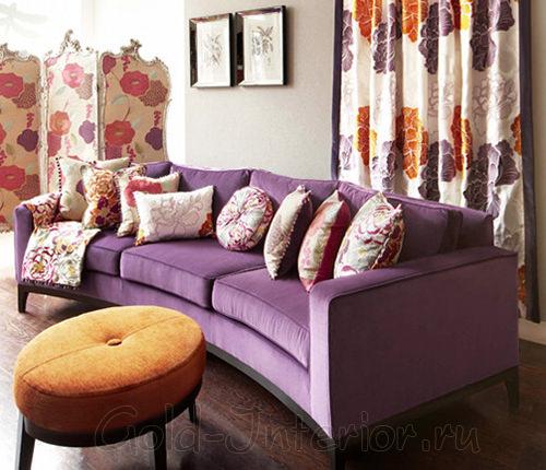 Сиреневый диван + коричневые оттенки в дизайне интерьера