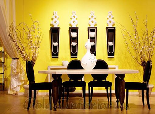 Сочетание чёрного и жёлтого цвета в столовой