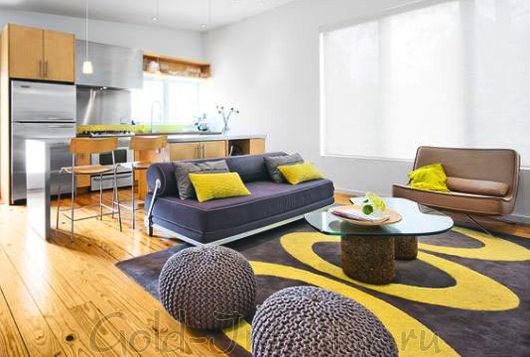 Сочетание жёлтого и серого в гостиной