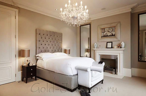 Спальня в трёшке в классическом стиле