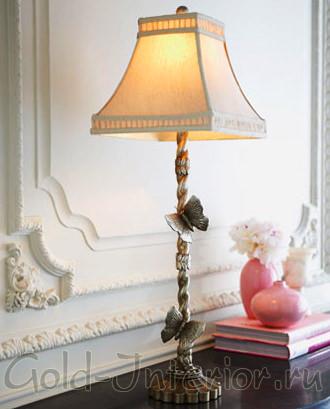 Старинная серебрянная лампа с бабочками