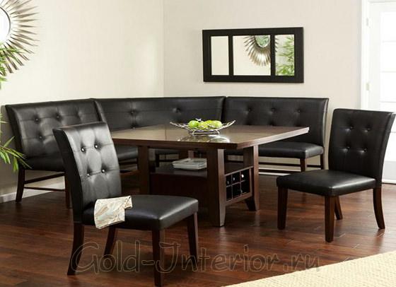 Стол с секциями для хранения вина