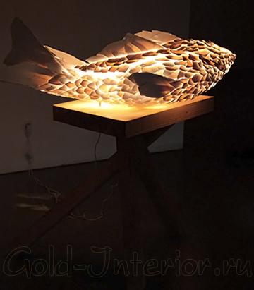 Светильник в форме рыбы от Френка Гери