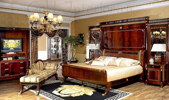 Светлый паркет + тёмный ковёр  в спальне-ампир