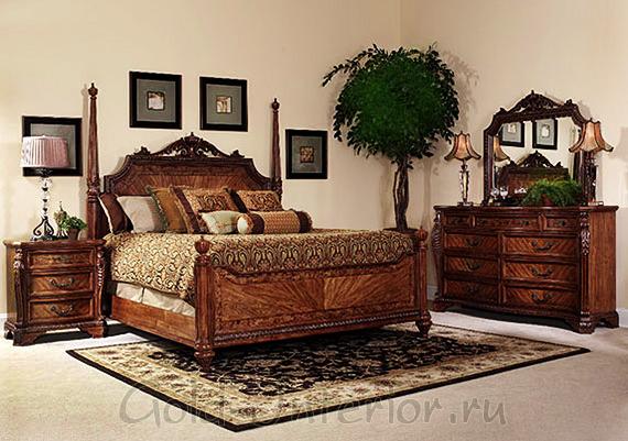 Тёмная мебель + бежевые стены в спальне-ампир