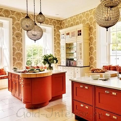Терракотовый и золотистый оттенки в оформлении кухни