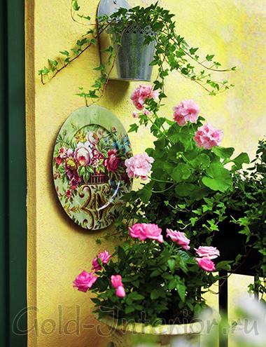 Украшение лоджии цветами