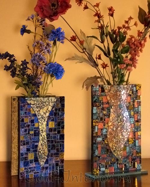 Ваза из разноцветной мозаики