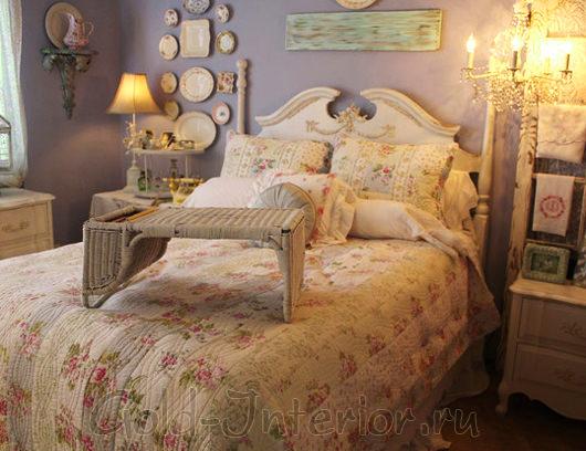 Винтаж в интерьере спальной комнаты