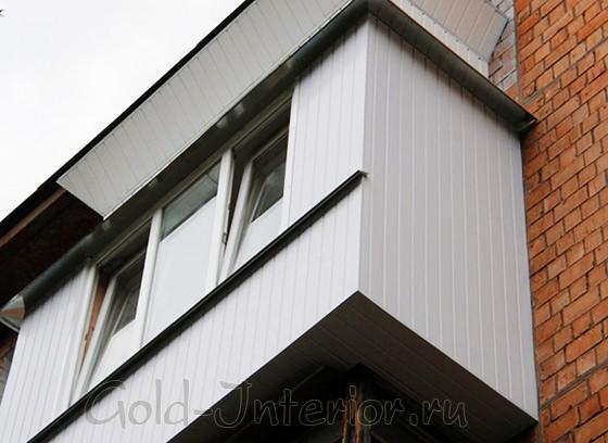Внешняя отделка балконов вагонкой