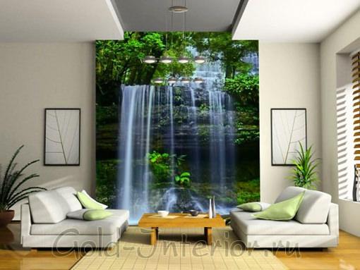 Водопад на фоне тропических джунглей