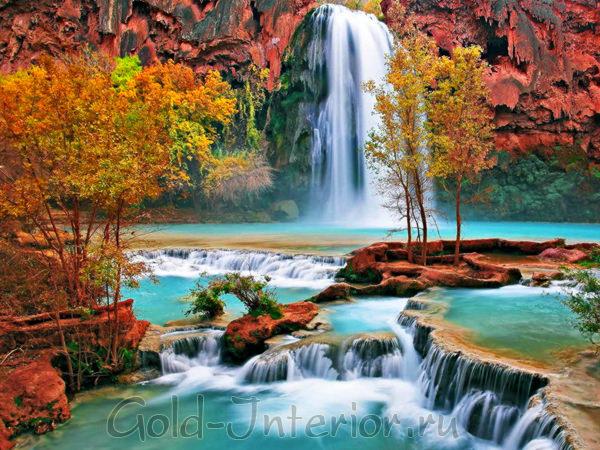 """""""Живые"""" водопады в интерьере"""