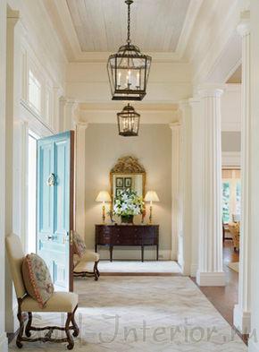 Возвышенный греческий стиль в прихожей в доме