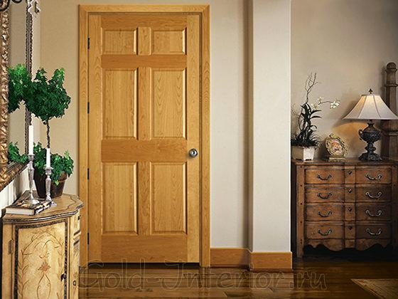 Золотистая межкомнатная дверь в интерьере